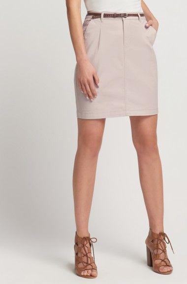 Bawełniana spódnica chino z paskiem