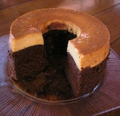 Mexican Chocoflan--Impossible Chocolate Cake...I love Impossible Pies,,, now an Impossible Cake? yum