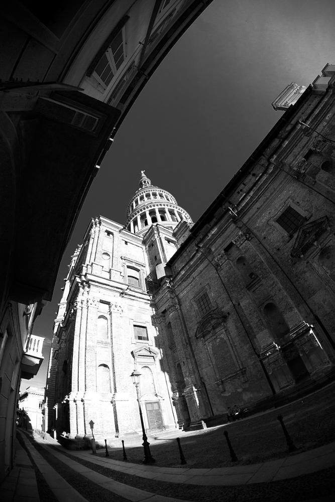 to the sky by emanuele meschini  #urban #blackandwhite #travel #monument #architecture