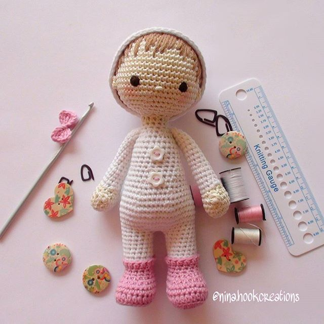 May angels guard you through the night and wake you with the morning light! #crochet #crochetdoll #crochetart #crochetaddict #amigurumidoll #amigurumi #toystagram #presents #knitting #crossstitch#isabellekessedjian #mycrochetdoll #handmade #ganchillo#cute