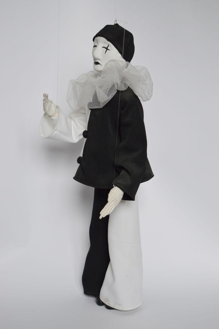 puppet pierrot
