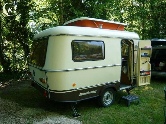 eriba pan familia 1987 2800 for sale pinterest small trailer tiny trailers and retro. Black Bedroom Furniture Sets. Home Design Ideas