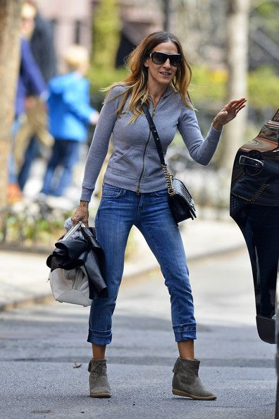 Sarah Jessica Parker Capri Jeans - Sarah Jessica Parker's capri jeans were just the right height to show off the star's ankle booties.