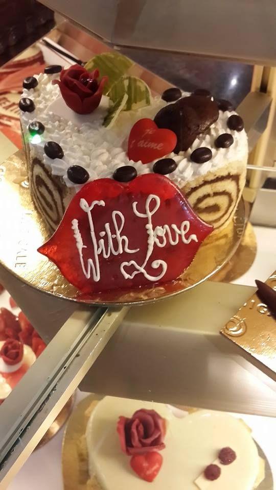 Special Valentine cakes La Cigale #Lebanon #lacigalelb