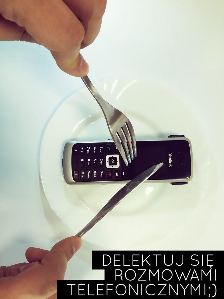 Blog - TELEFONICZNY SAVOIR VIVRE:  Telefon stał się jednym z ważniejszych narzędzi wykorzystywanych przez środowiska biznesowe do sprzedaży swoich produktów. Dlatego tak ważnym jest, aby zatroszczyć się o prawidłową komunikację z jego użyciem. Rozmowa telefoniczna to często pierwszy sposób, w jaki kontaktujemy się z potencjalnym kontrahentem. voip24sklep.pl