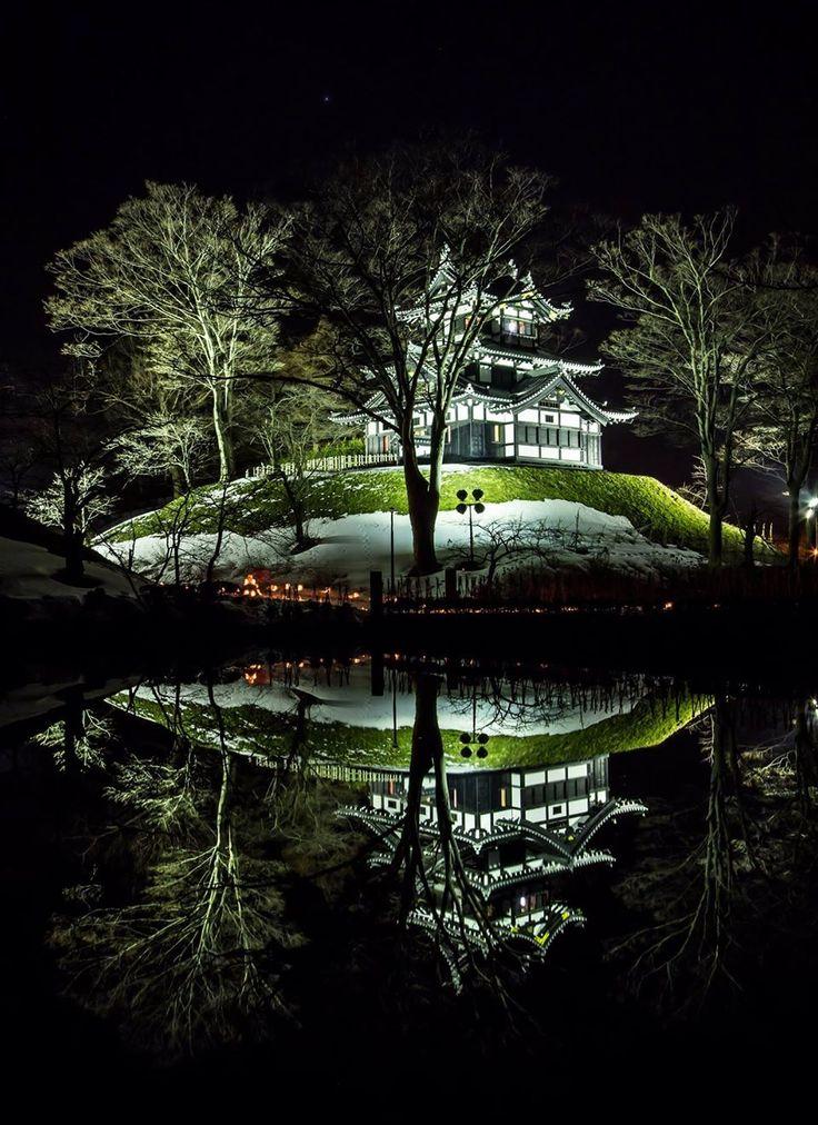 Gorgeous, simply gorgeous! Tkada Castle, Niigata, Japan
