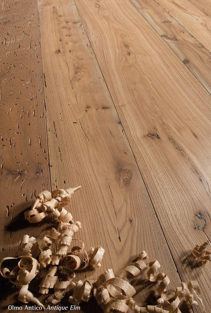 Antique Elm.  Pavimento legno di olmo antico di recupero.