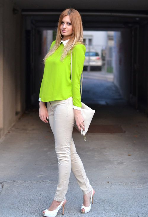15 Dramatic Neon Outfits To Look Notable And Irresistible