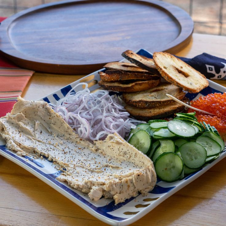 Salmon Bagel, Salmon Roe, Food Network Recipes, Cooking Recipes, Red Miso, Bagel Chips, Cream Cheese Danish, Bagel Sandwich