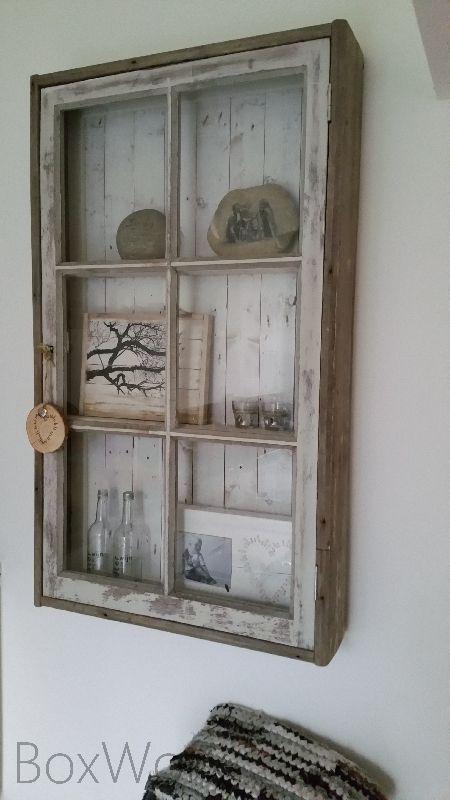 17 beste idee n over kleine raam decoraties op pinterest kelder gordijnen kelder makeover en - Kast kind grenen ...