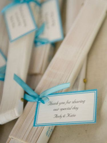 Fans with personal notes as Wedding favours for a Wedding abroad