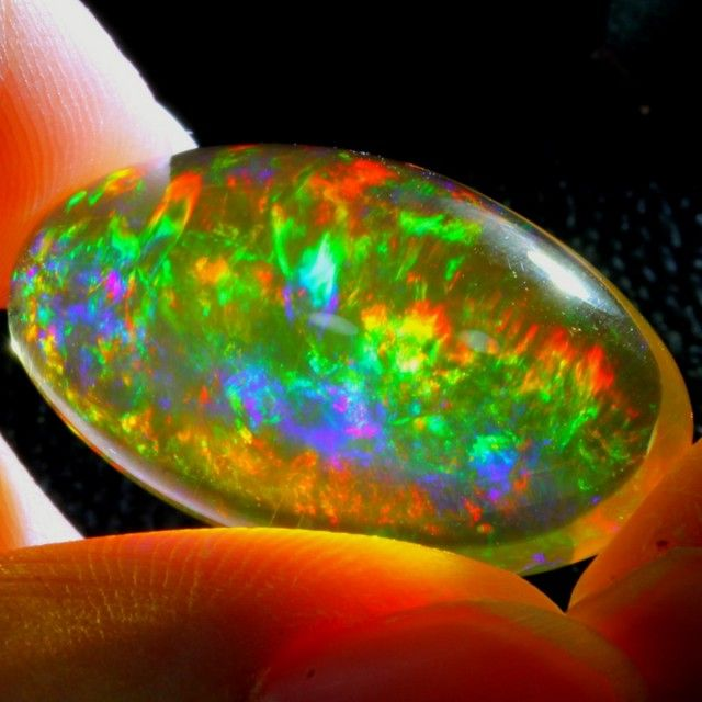 26.08Ct Bright ContraLuz Color Effect Ethiopian Welo Crystal Opal