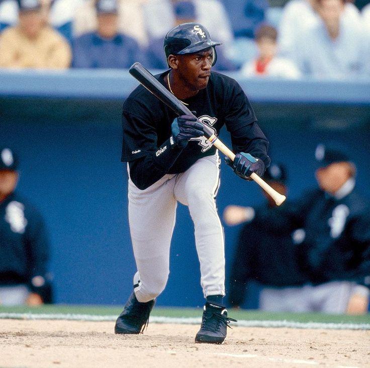 Si S 100 Best Michael Jordan Photos Michael Jordan Photos Michael Jordan Baseball Michael Jordan