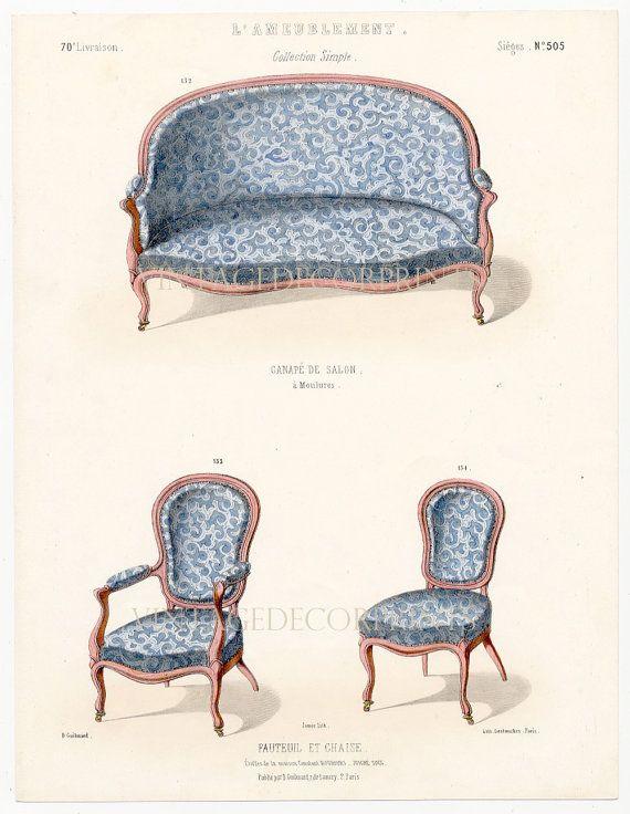 Stampa di sedie antiche di Guilmard Paris c1866. Originale francese mano colorate sedie Litografia di Louis XIV e Louis XVI. Per Le Garde-Meuble che era una rivista bimestrale pubblicata a Parigi tra il 1839 e il 1935, che coprono tutti gli aspetti del design dinterni in stile francese. Troverete qui una selezione di sedie, poltrone e divani in una varietà di stili, tutte splendidamente colorate, con dettagli sulle aziende del tessuto e passamaneria.  Stampata e colorata a mano Circa 1866…