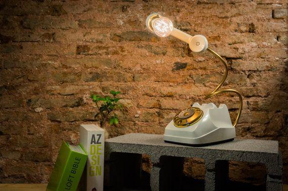 Lampada Telefono  Lampada da scrivania di DISCARICACREATIVA