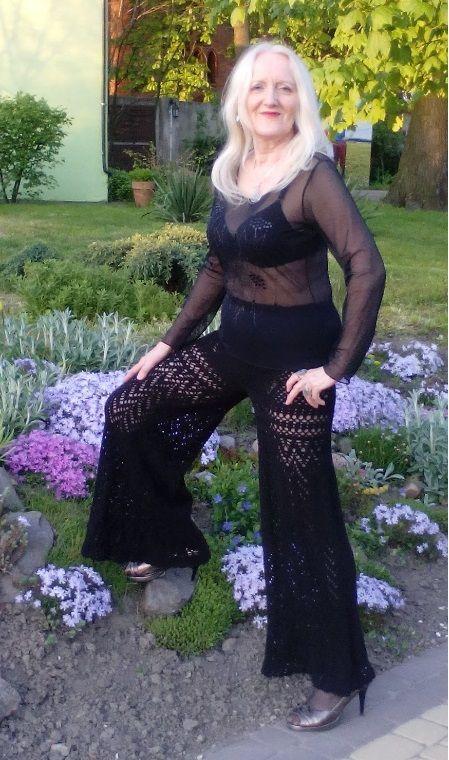 czarne spodnie szydełkiem