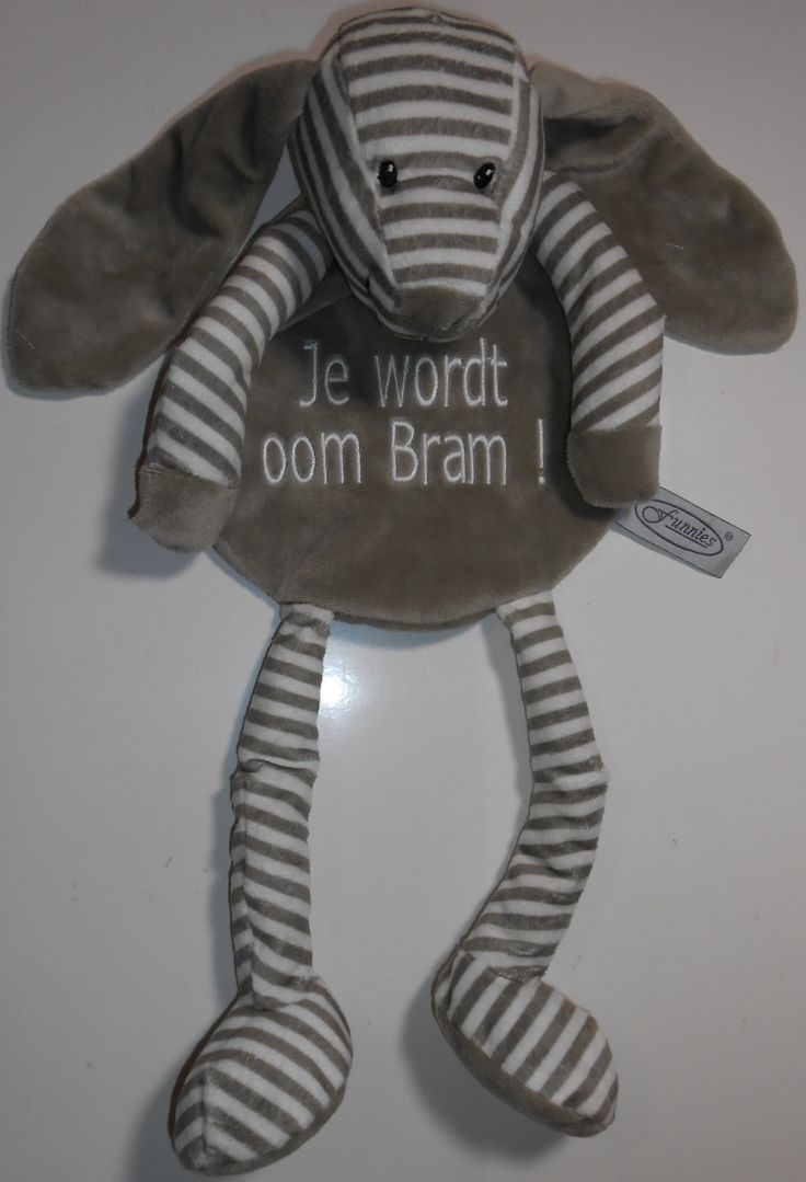 tutdoek knuffel grijs met boodschap. http://www.borduurkoning.nl/shop/baby_artikelen/tutpoppetje/tutdoek_grijs.html