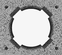 Komin bez wentylacji (pustak dymowy).  Wymiar zewnętrzny: 36x40 cm Średnica wkładu (cm): 16 (waga 92 kg/mb) 18 (waga 94 kg/mb) 20 (waga 96 kg/mb)