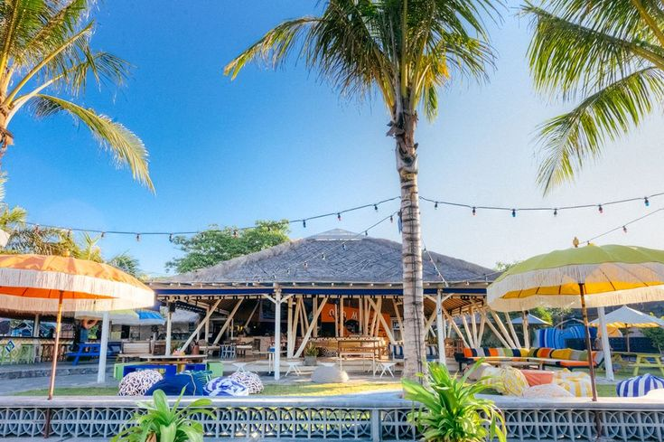 Bar and beer garden on the Batu Bolong Beach front. Local surf spot also known as Old Man's is right out the front!