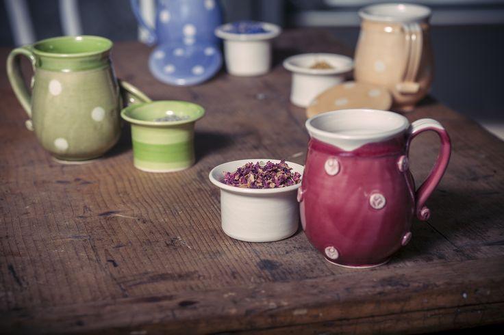 Ukko kerámia bögrék.  Megvásárolható itt: http://www.ukko.hu/webaruhaz/keramiak