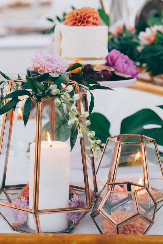 copper terrarium wedding decor / http://www.himisspuff.com/geometric-terrarium-wedding-ideas/8/