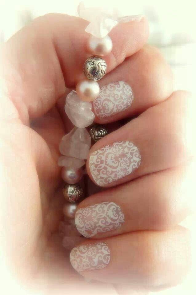 Wedding nails. http://andreasilva.jamberrynails.net