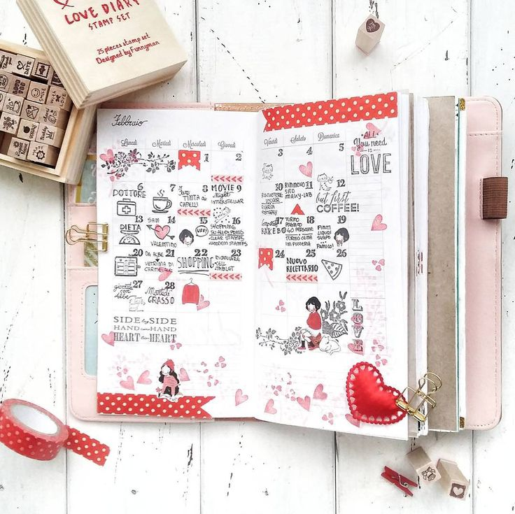 Mese di febbraio, piovono cuori e pois!  #planneraddictitalia #planner #planneraddict #websterspagestravelersnotebook #websterspages #amazing #heeda #igersverona #instaplanners #igersitalia #love #midoritravelersnotebook #spring #countrylife #simplelife #stamps #clearstamps #stationerylove #washitape #makylab #monthlyplanning #monthly #planning #washi #midori #snow #february #japaniloveyou #valentineday #heart