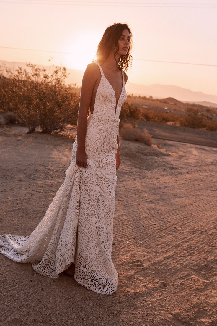 The Tapia gown by Laudae Bride