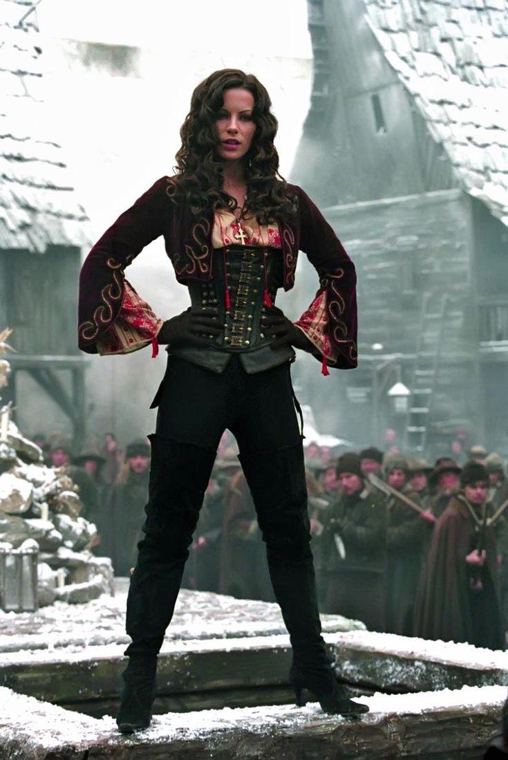 Van Helsing Movie | Kate Beckinsale in Van Helsing (2004) Movie Image | BeyondHollywood ...