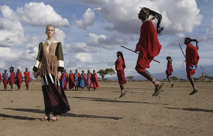 Valentino features the beautiful wilderness of Kenya in its Spring 2016 Collection with models donning ultra fab African-inspired clothes and pieces. Visually stunning, creative in all its angles a…
