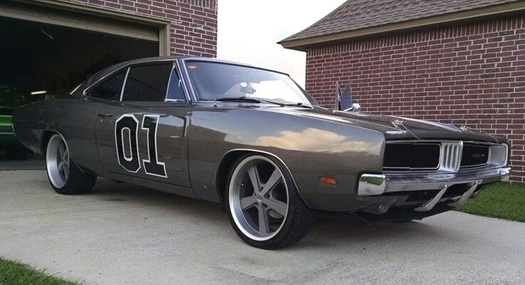 "What Do You Think of This Take on the General Lee? ""4-wheel slotted/drilled disc brakes, 383 original engine with rebuild racing parts, 727 TCI Automotive transmission, suspension upgrade, front and rear sway bars, New custom interior and paint."" -Chris Campos & His 1969 Dodge Charger #MoparMonday #MuscleCarMonday #GeneralLee"