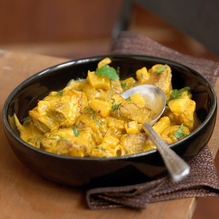 Découvrez la recette Porc au curry de Tante Bernadette sur cuisineactuelle.fr.