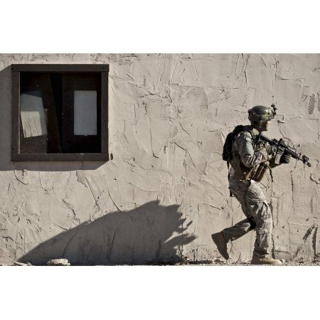 A Joint Tactical Air Controller provides security at Fort Irwin California Canvas Art - Stocktrek Images (35 x 23)