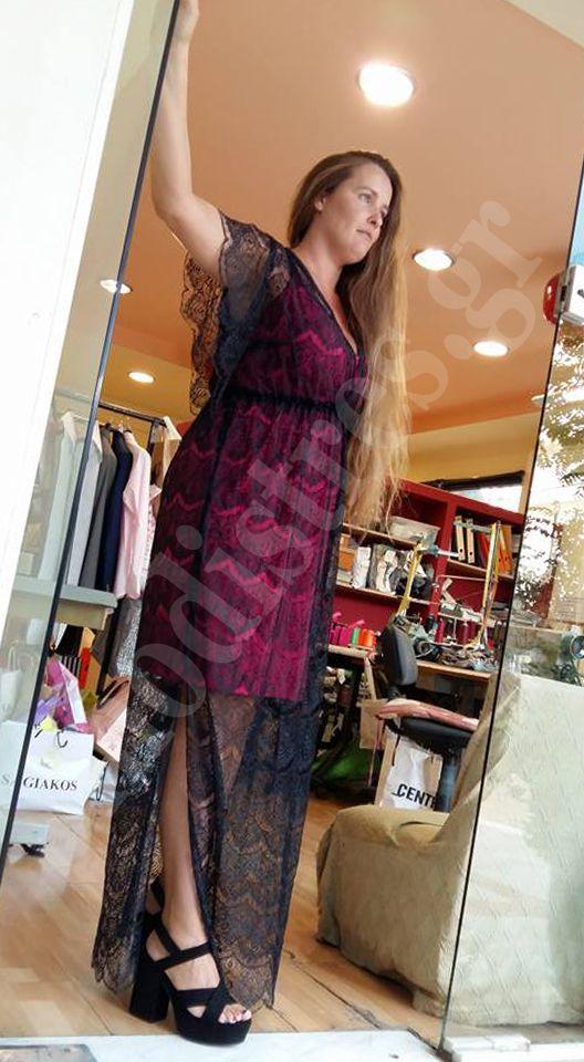 Φόρεμα  Εξωτερικά δαντέλα.  Εσωτερικά ζέρσευ. Δείτε το μαζί με όλη την δουλειά μας και στο site μας http://bit.ly/1YBMvoD