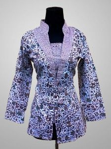 Baju Batik Wanita Cantik Modern Motif Kembang Kode KM 147 SMS ke 082134923704