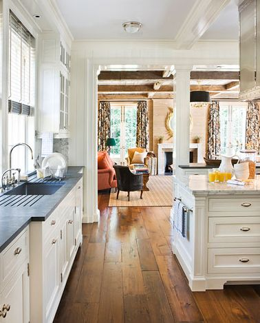 simply for the separation between kitchen and Living area