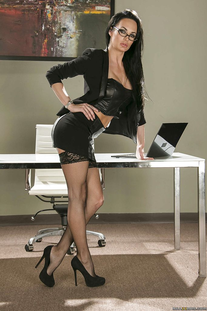 hot busty babes in the office - Office babe Alektra Blue is showing her hot ass in tight stockings nude  photos