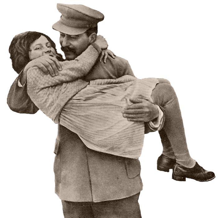 Товарищ И.В. Сталин с дочерью Светланой. Июнь 1935 г. (700x700, 296Kb)