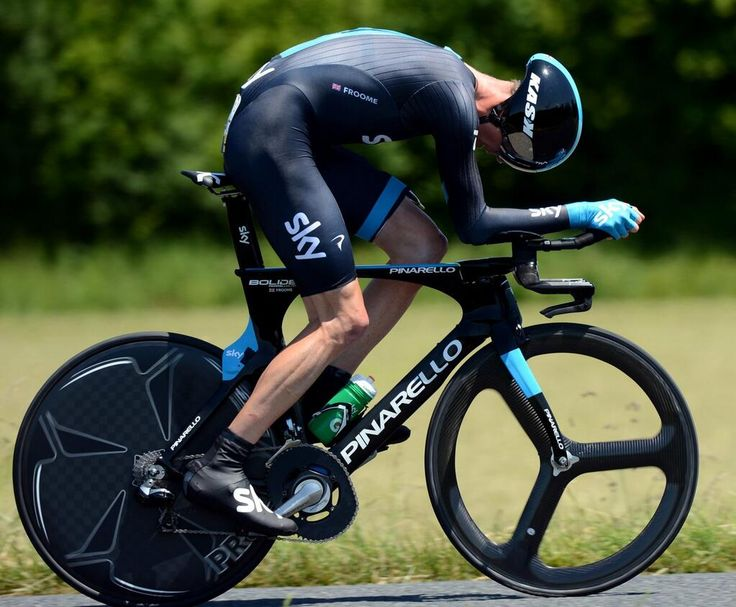 Chris Froome was riding Pinarellos new Bolide time trial bike at the Criterium du #Dauphine today
