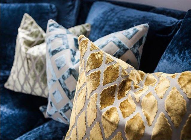 Velvet cushions - Ruth & Joanna Sammet Ildfluen