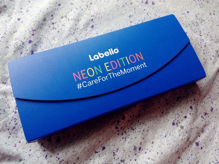 TEST: LABELLO - Neon Edition - Balzam na pery Original - KAMzaKRÁSOU.sk