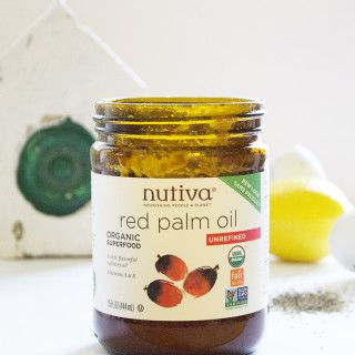 Superfood Snapshot Everything You Want to Know About Red Palm Oil, Part II Nutiva Red Palm Organic kitchen.nutiva.com 3