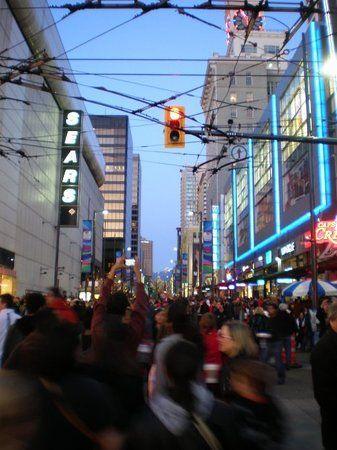 Robson Street shopping