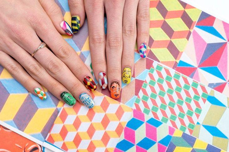 Negli ultimi due anni Susi Kenna, designer e fotografa di New York, ha   collaborato con le migliori nail artist della Grande Mela per   riprodurre, sulle sue unghie, le opere di celebri pittori come Pablo   Picasso e di maestri dei graffiti come Barry McGee. A volte capita che   Susi si ispiri a un