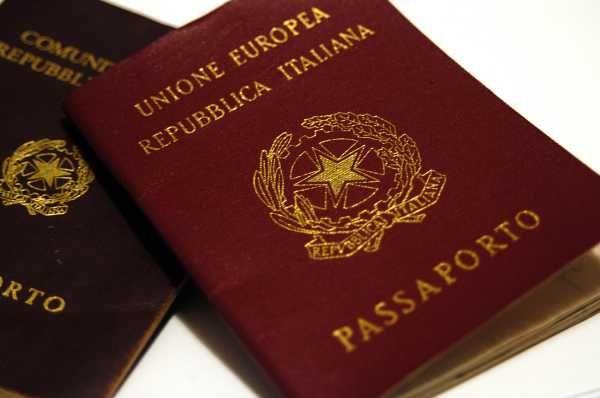 ¿Cómo obtener la ciudadanía italiana en Italia?