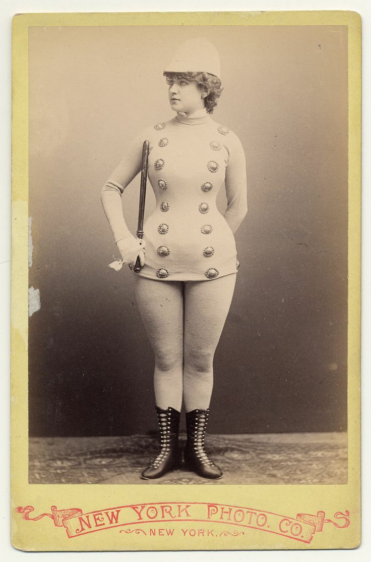 bailarina exotica: Ohio States Univ, Police Offices, 1890, Wonder Women, Vintage Burlesque, Exotic Dancers, Vintage Beautiful, Vintage Photo, Carts De Visit