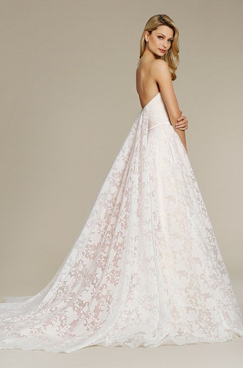 This Strapless Wedding Dress Features Unique Fl Lace And Removable Train Jim Hjelm Fall 2017 Colorful Dresses Pinterest