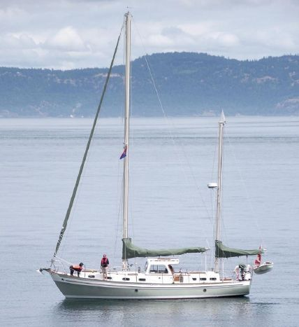 I think I'm in love!  1969 Essex Yacht Builders Salar 40 Sail Boat For Sale - www.yachtworld.com