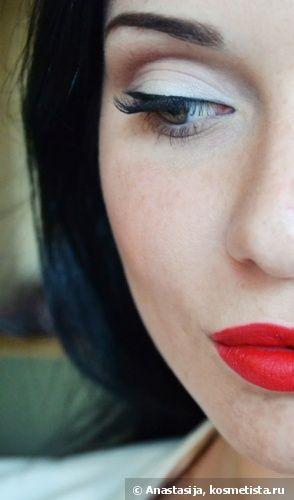 Классика макияжа - красные губы и черные стрелки — Отзывы о косметике — Косметиста