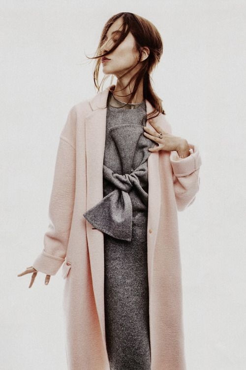 All tied up.Palepink, Pink Coats, Fashion, Blushes Pink, Style, Grey Outfit, Pale Pink, Pink Grey, Grey Dresses